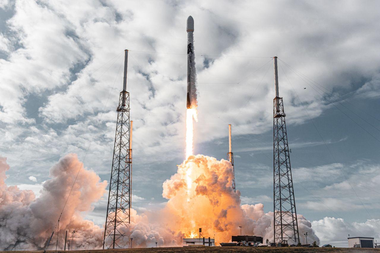 Massen-Transport ins All: SpaceX mischt die Satelliten-Szene auf