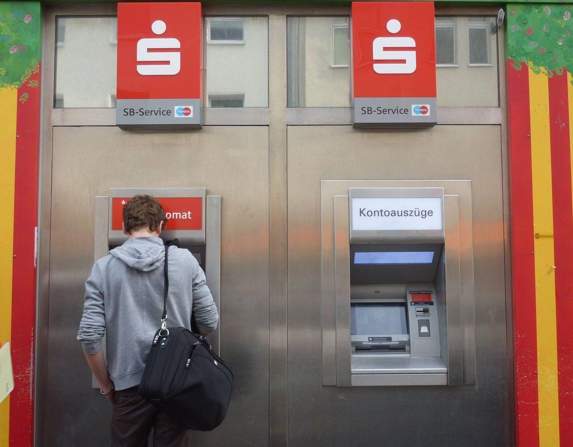 Das kannst du dir sparen: Einfache Tipps vom Finanzcoach
