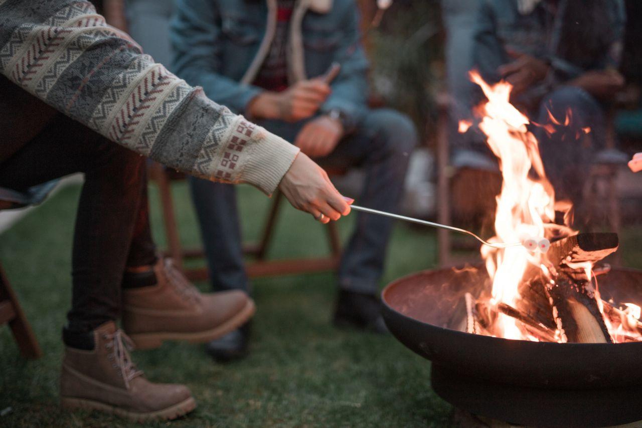 Lagerfeuer statt Lagerkoller: Entzünde deine DIY-Feuerschale!