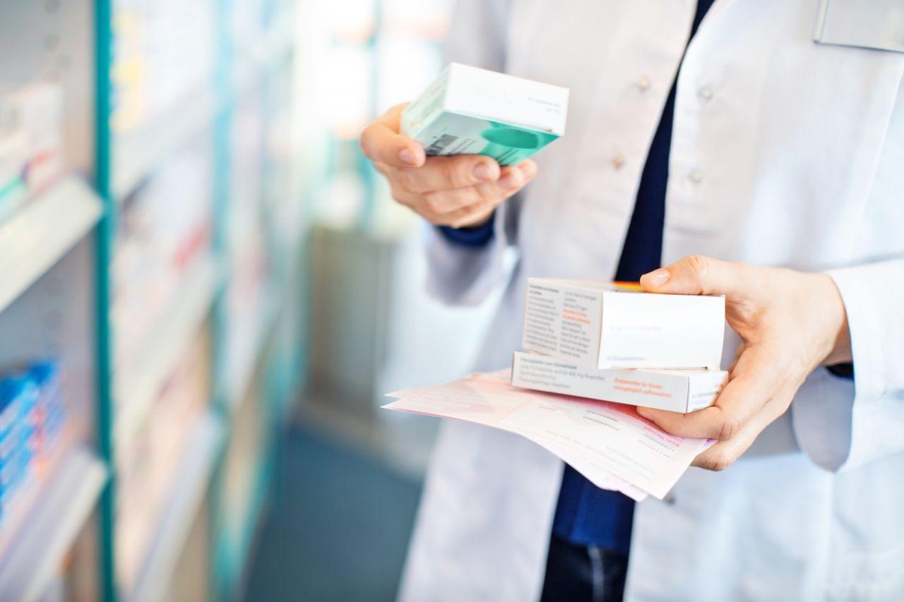 Kampf gegen Viren: Warum es so wenig wirksame Medikamente gibt