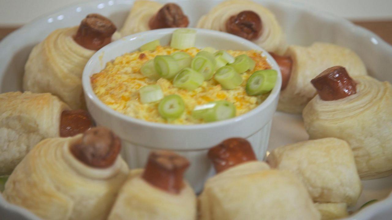 Käsefondue war gestern: Heute trendet das Mini Hot Dog Fondue