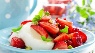 Mozzarella-Erdbeer-Dessert