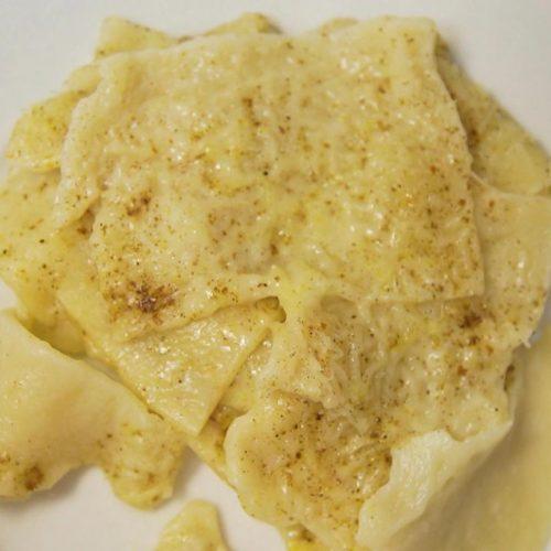 Ur-Lasagne mit Käse und Teig