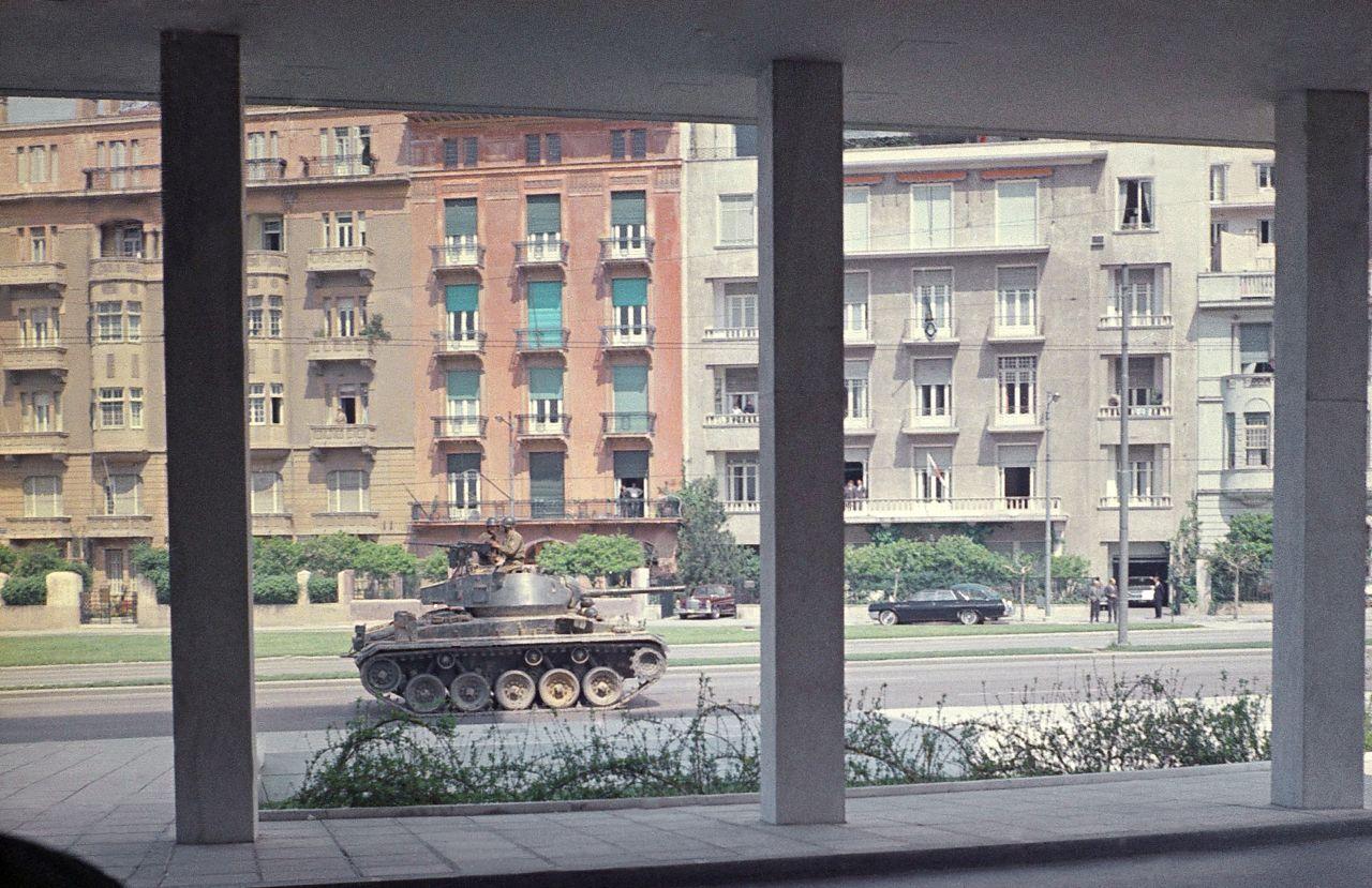 Panzer auf den Straßen Griechenlands nach dem Militärputsch 1967