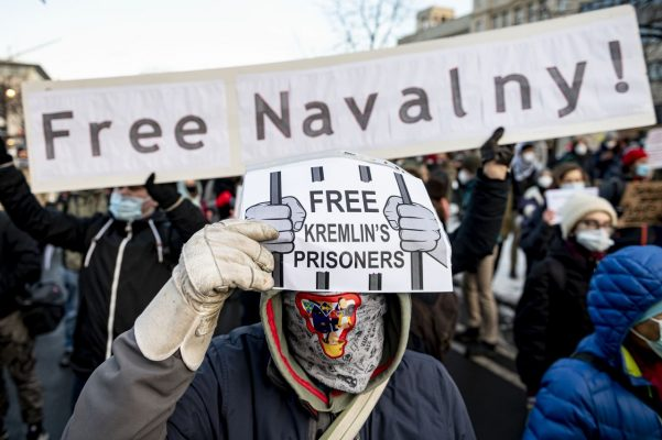 Demonstrationen gegen die Verhaftung Nawalnys in Berlin