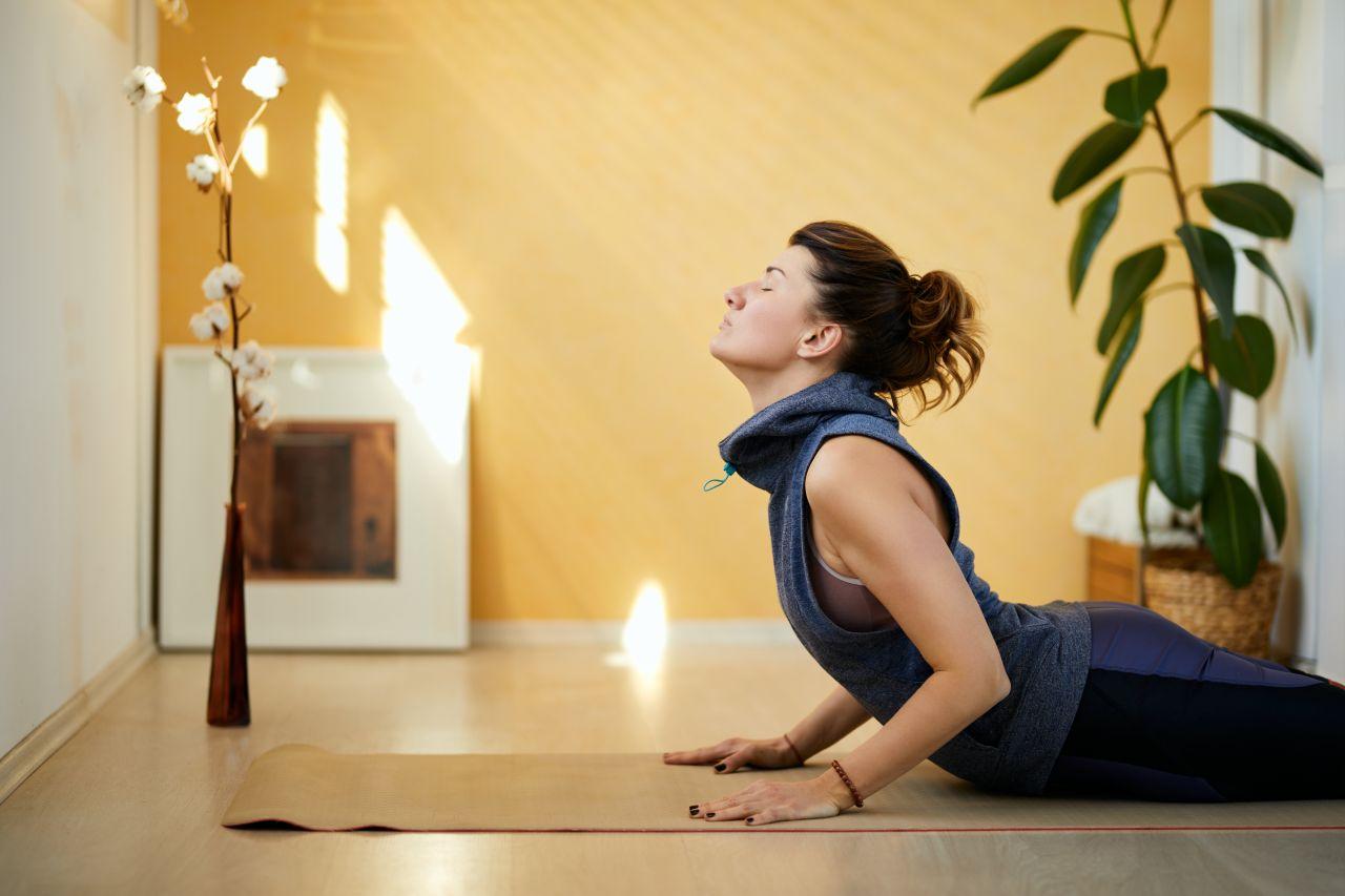 Kobra, Krieger und Krähe: So gesund ist Yoga wirklich