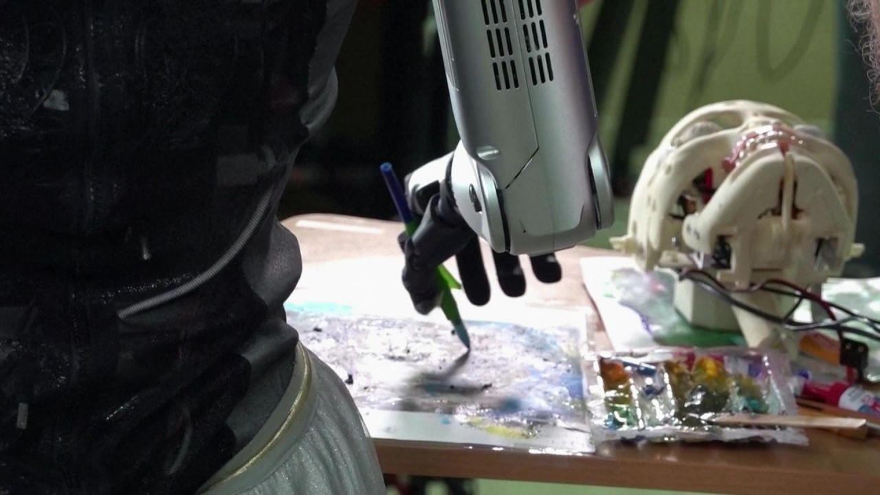 Von Saver-Rave bis Roboter-Kunst - das sind die Clips der Woche
