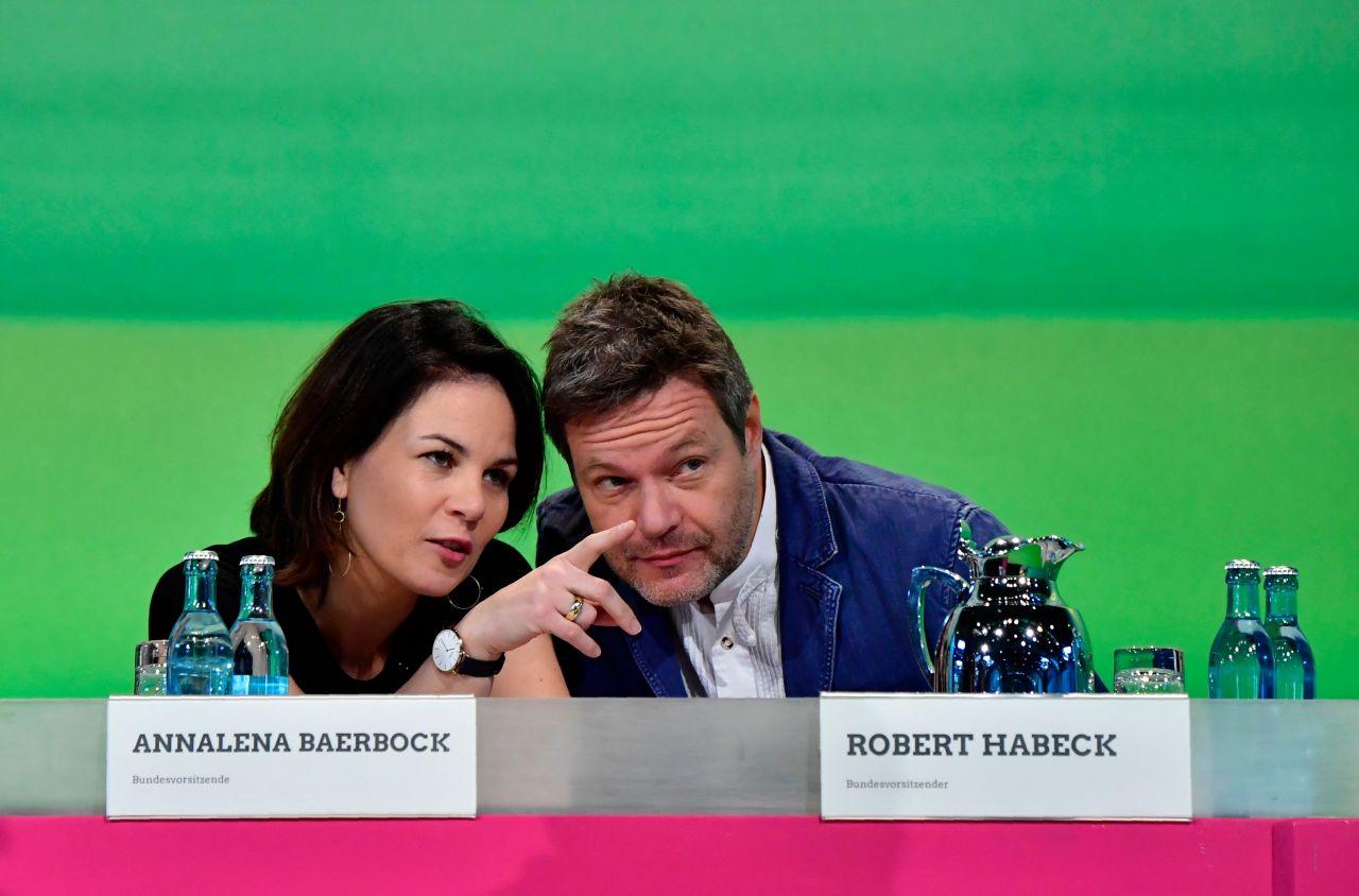 Annalena Baerbock und Robert Habeck bei einer Parteitag der Grünen in Leipzig 2018