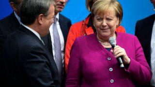 Armin Laschet und Angela Merkel 2019