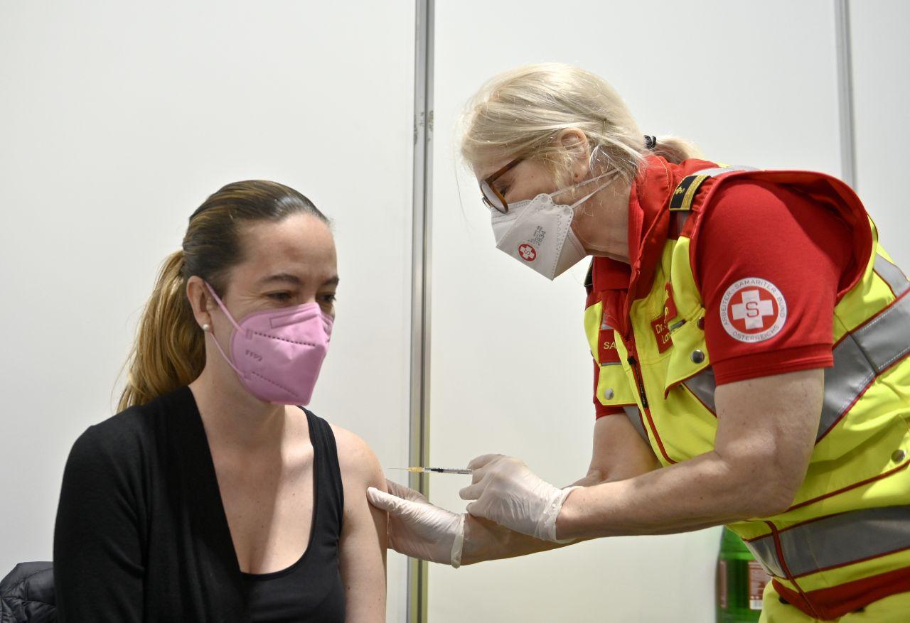 Corona: Schwächen Fieber- und Schmerzmittel den Impfschutz?