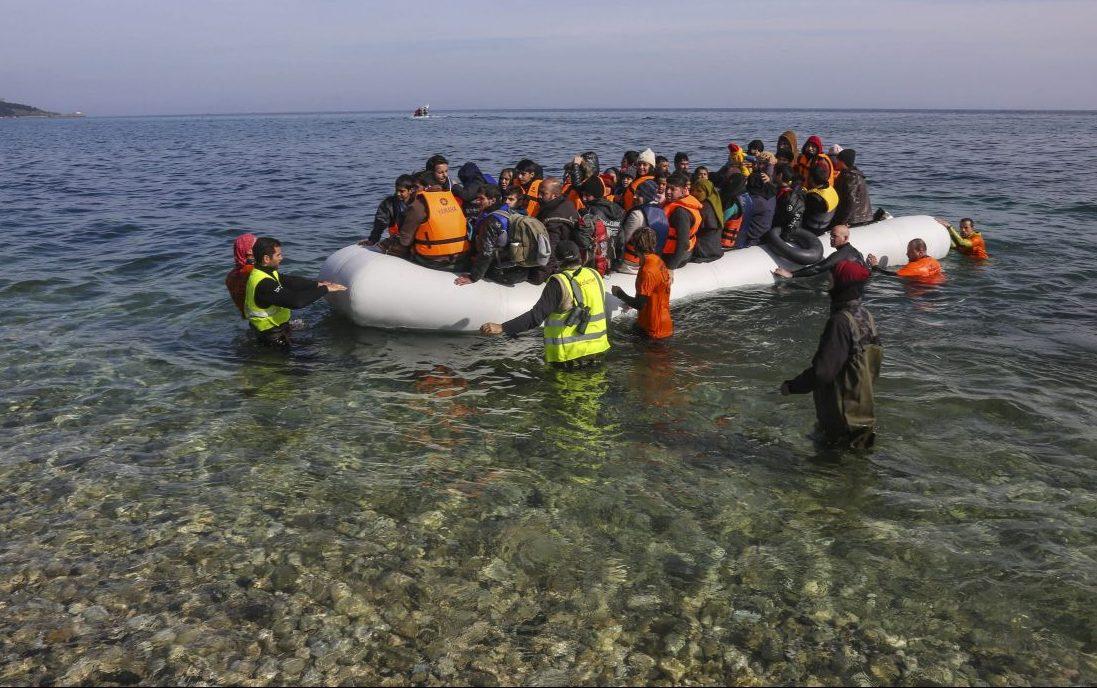 Frontex Boot mit Flüchtlingen