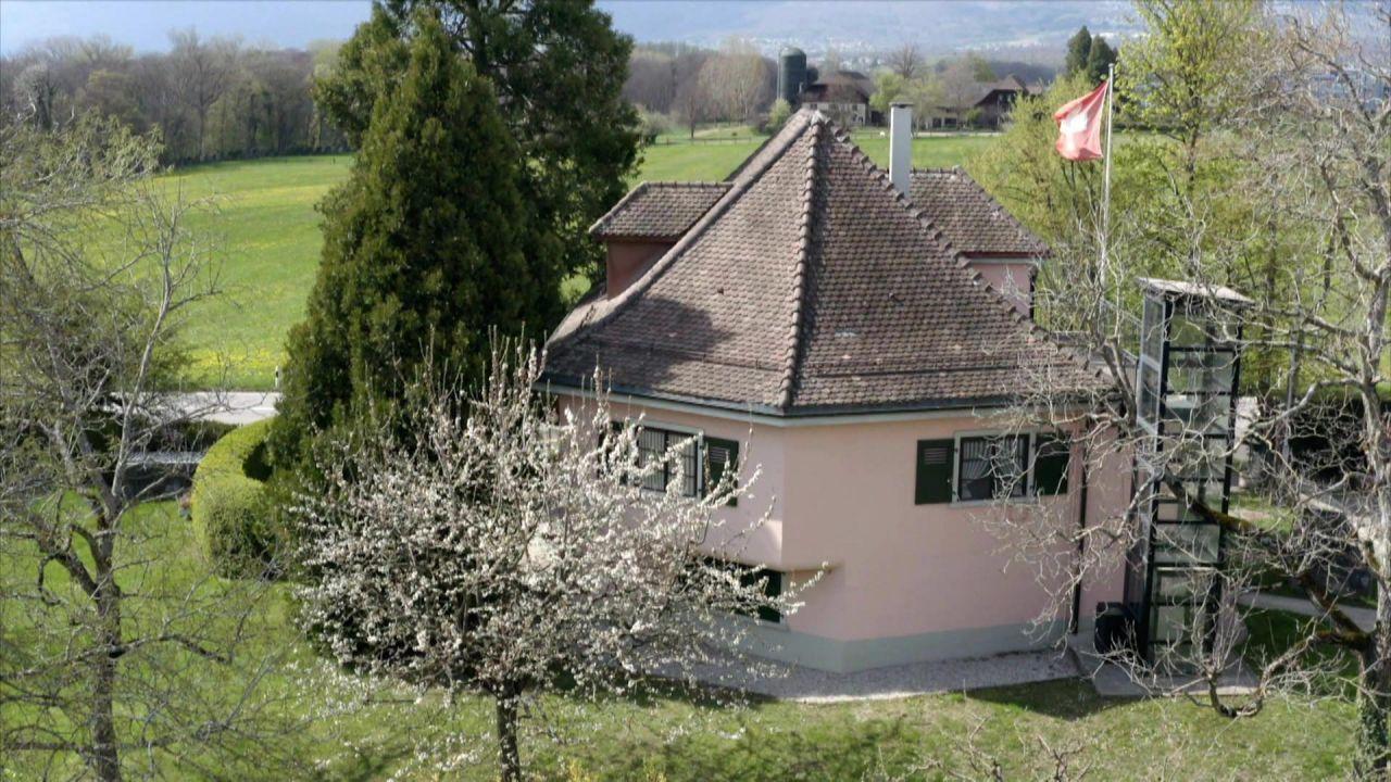 """Lost Places Schweiz: Von der """"schießenden"""" Villa bis zum magischen Dreieck"""