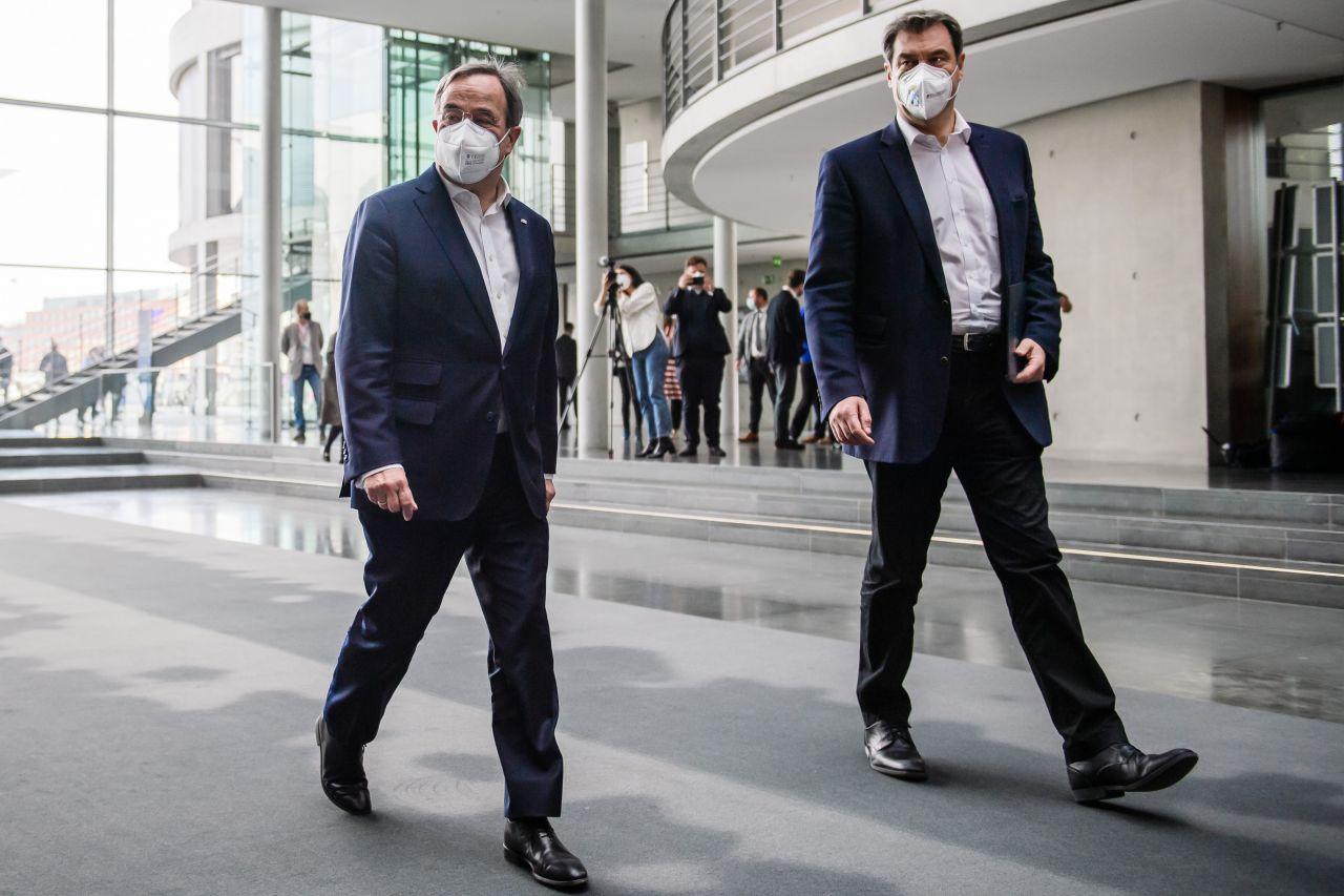 Armin Lasche und Markus Söder im April 2021