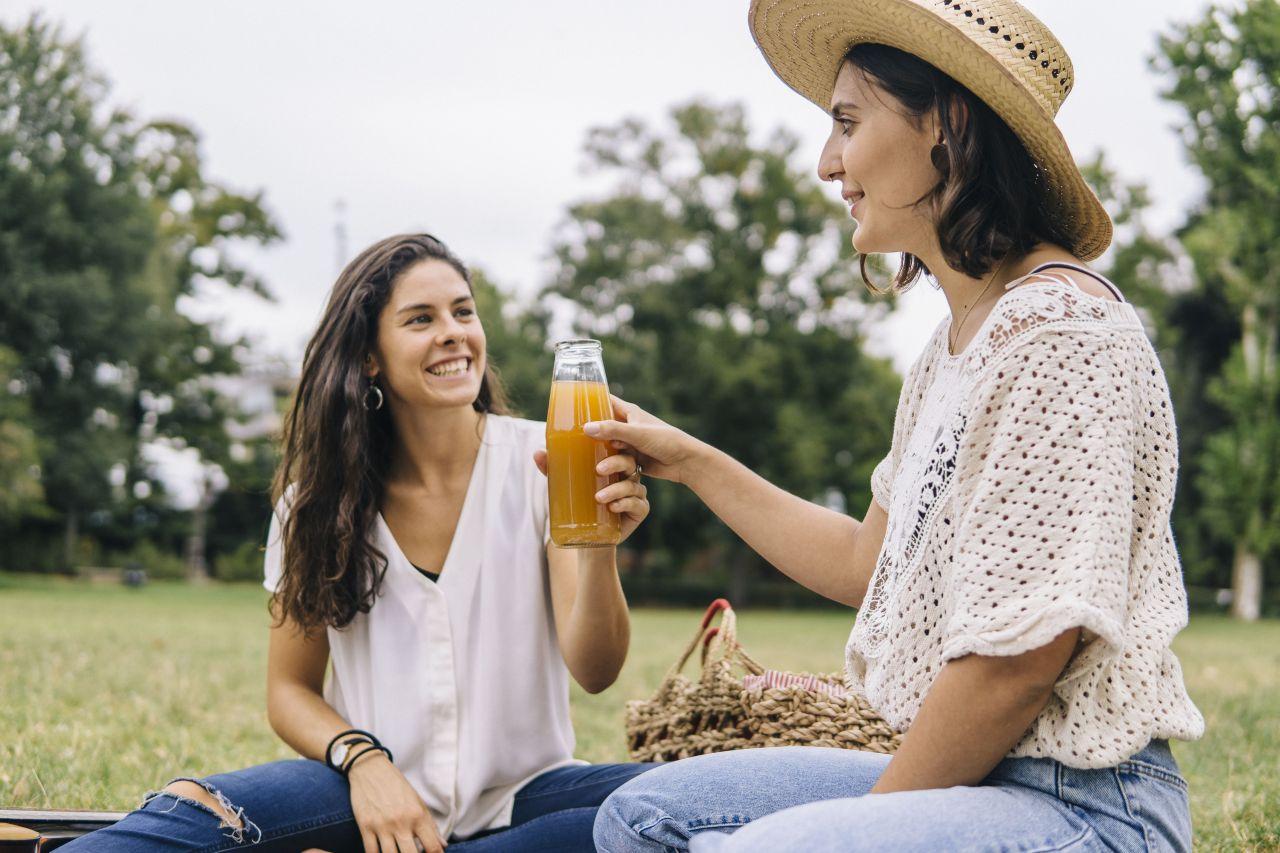 Warum ist nicht jeder Apfelsaft vegan?