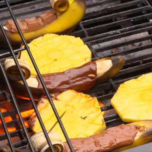 Schoko-Banane auf dem Grill