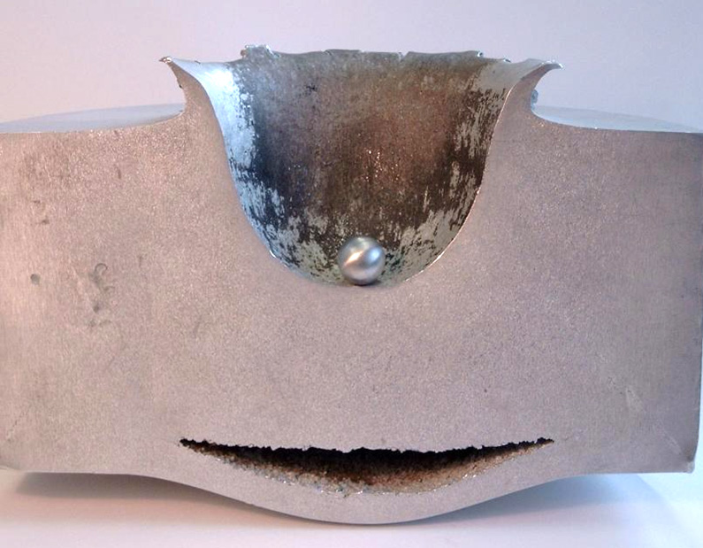 Hyperschneller Einschlag in Metall