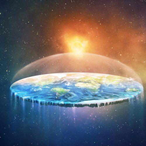 Manche Verschwörungsanhänger denken, dass die Erde in Wahrheit flach ist.