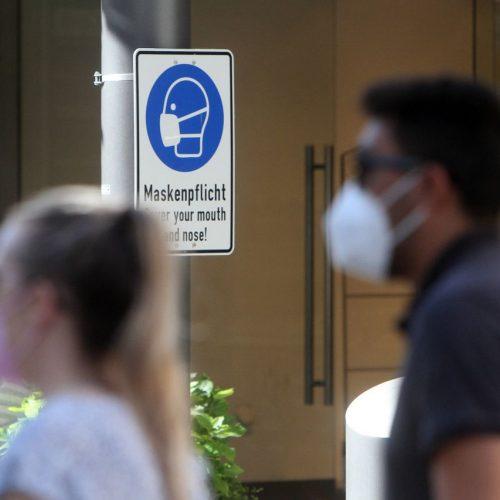 Aktuell wird diskutiert, ob die Maskenpflicht überall aufgehoben werden sollte. Bist du dafür oder dagegen?