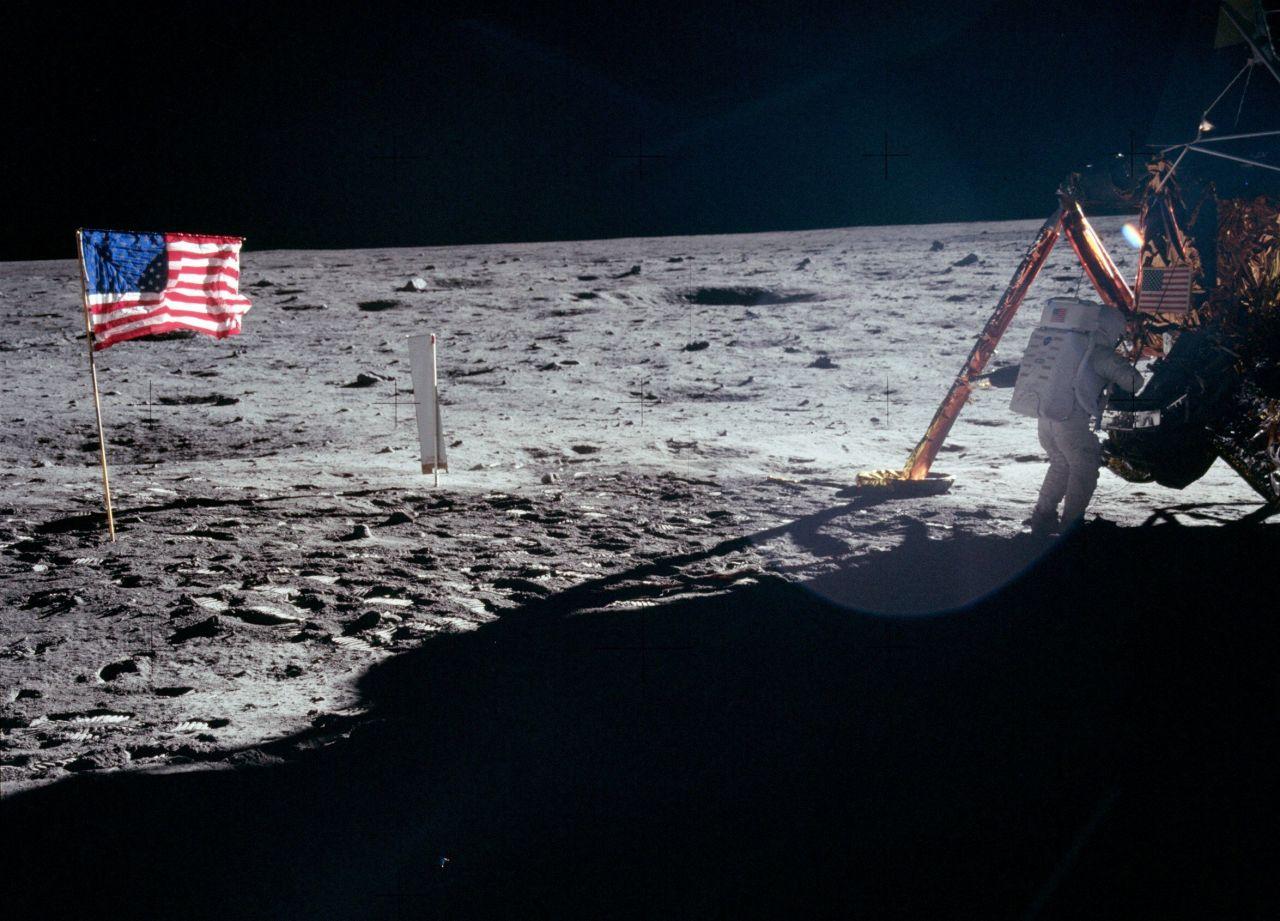 Mondlandung Verschwörung Landefähre Fahne