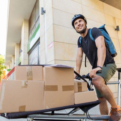 Für den Klimaschutz: Pakete mit dem Lastenrad liefern.