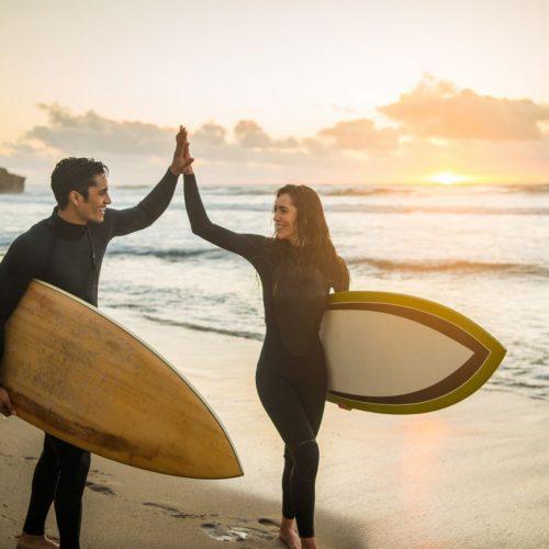 Wellenreiten oder Surfen ist mehr als nur eine Sport. Für manche ist es eine Lebenseinstellung.
