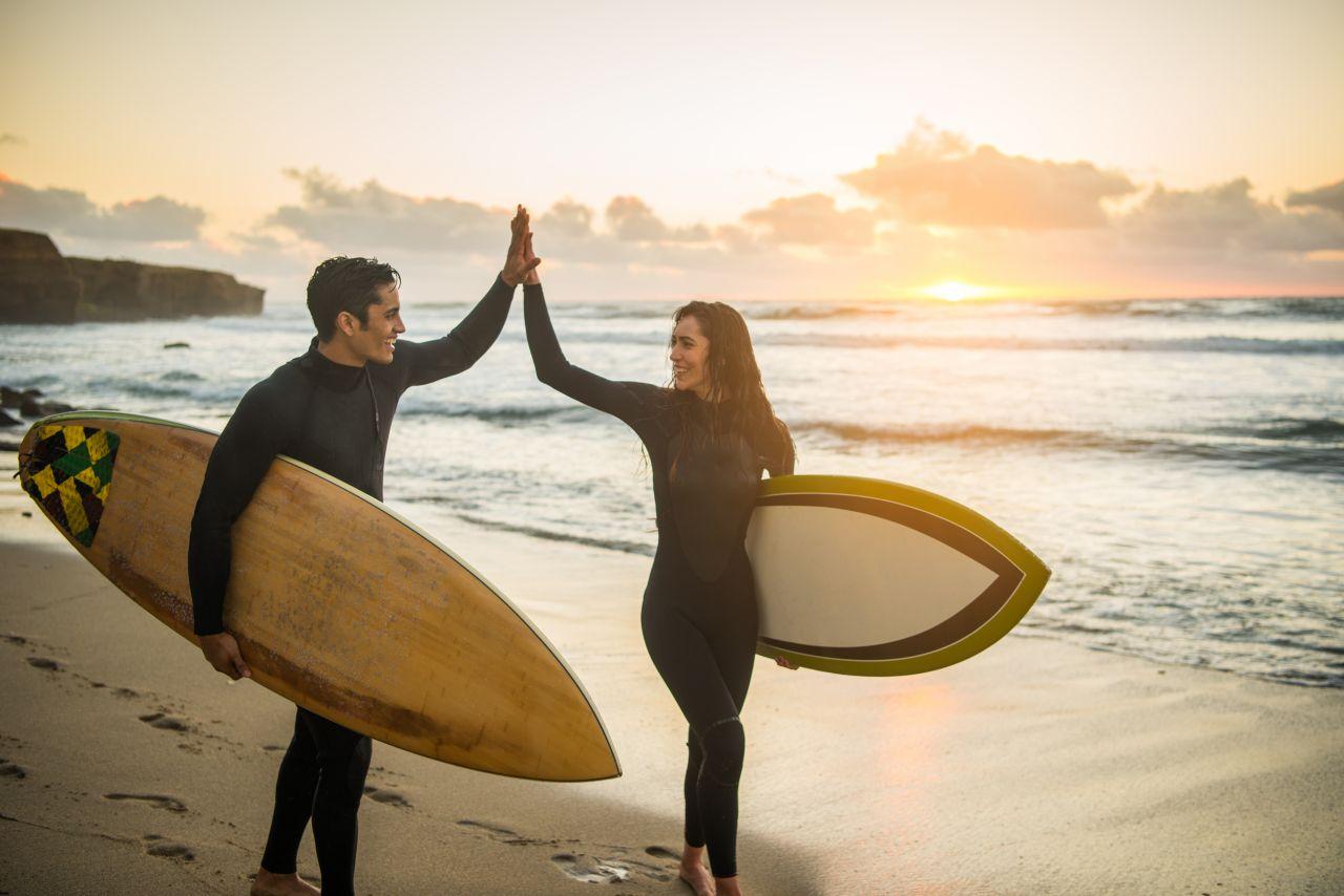 Surf's up! Warum Wellenreiten mehr als nur ein Sport ist