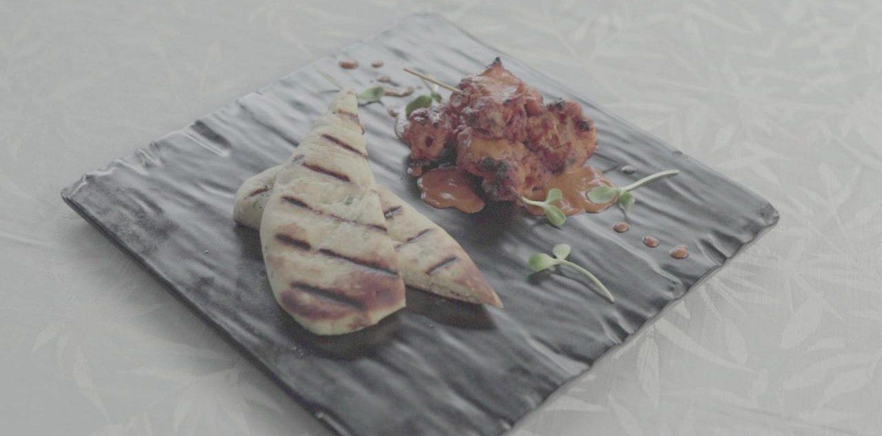 Fladenbrot selber machen: So gelingt das indische Kulcha vom Grill!