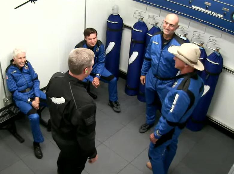 Jeff Bezos Crew Blue Origin