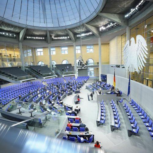 Sitzung des Bundestags in Berlin