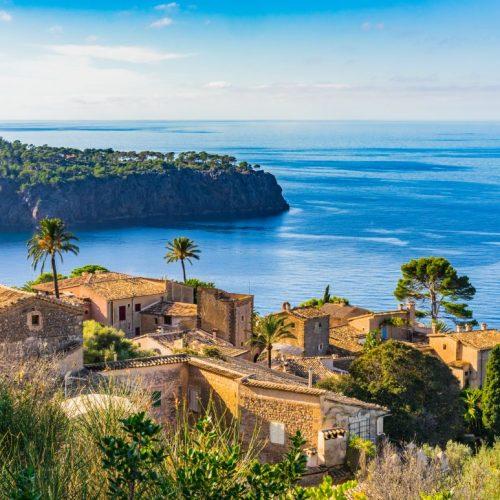 Spanische Balearen-Insel im Mittelmeer