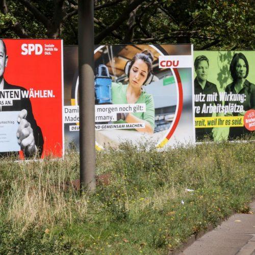 Plakate zur Bundestagswahl 2021 in Berlin