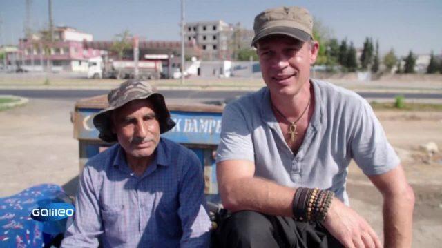 Harro hilft in der Türkei bei der Pistazienernte